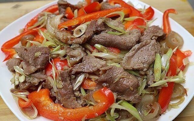 Hướng dẫn làm món Thịt bò xào sả ớt