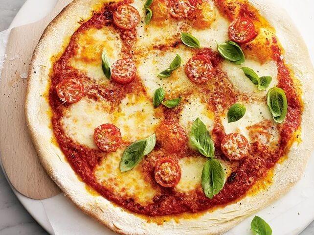 Món Pizza thơm ngon làm từ nồi chiên không dầu