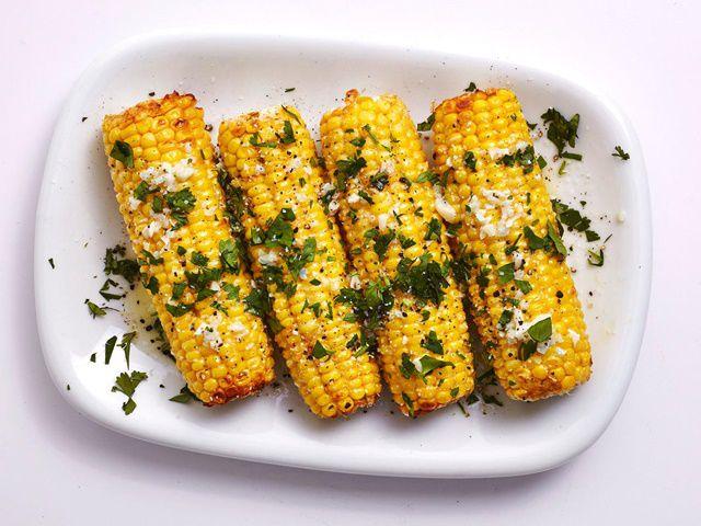 Ngô nướng là món ăn vặt dễ làm thơm ngon