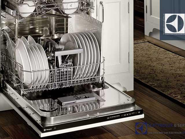 Máy rửa bát Electrolux có tốt không