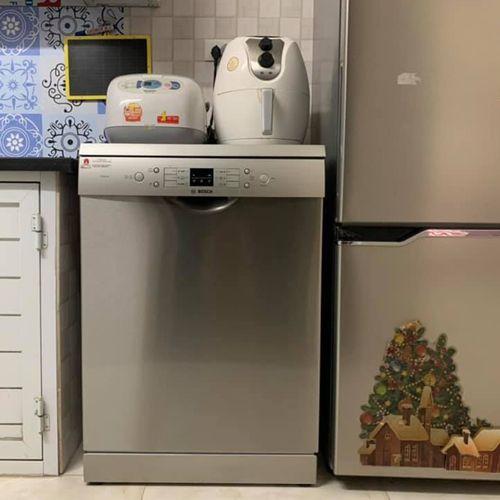 Máy rửa bát Bosch SMS68UI02E phù hợp với những căn bếp nhỏ