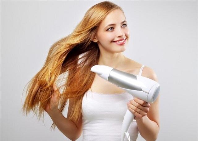 Máy sấy tóc Philips hiện đang rất được ưa chuộng; được người tiêu dùng đánh giá cao trong quá trình sử dụng
